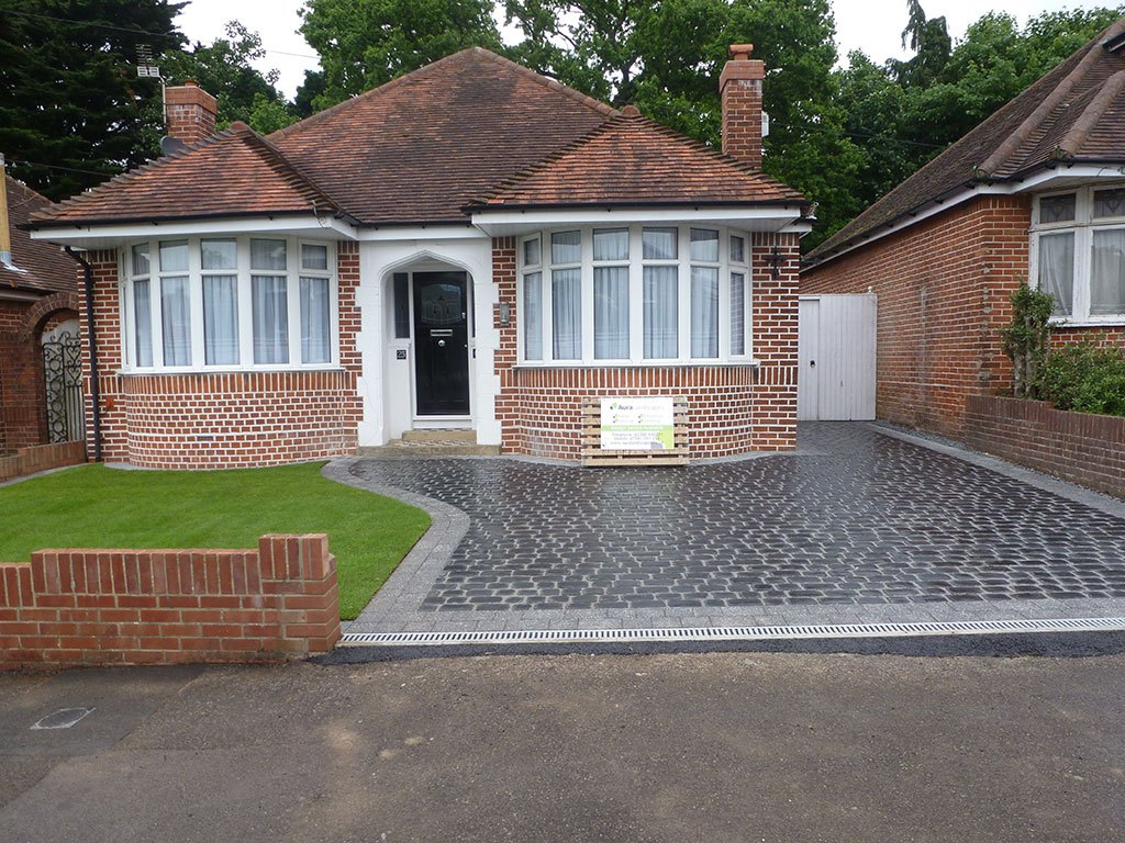 A Beautiful New Front Garden Design For Mr Mrs Hurt In - Front garden driveway ideas uk