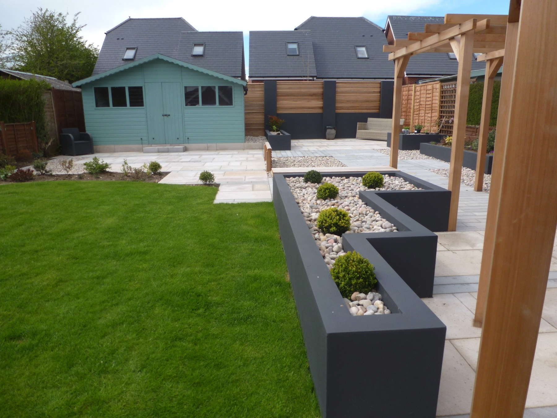 Contemporary Garden With Disabled Access Aura Landscapes